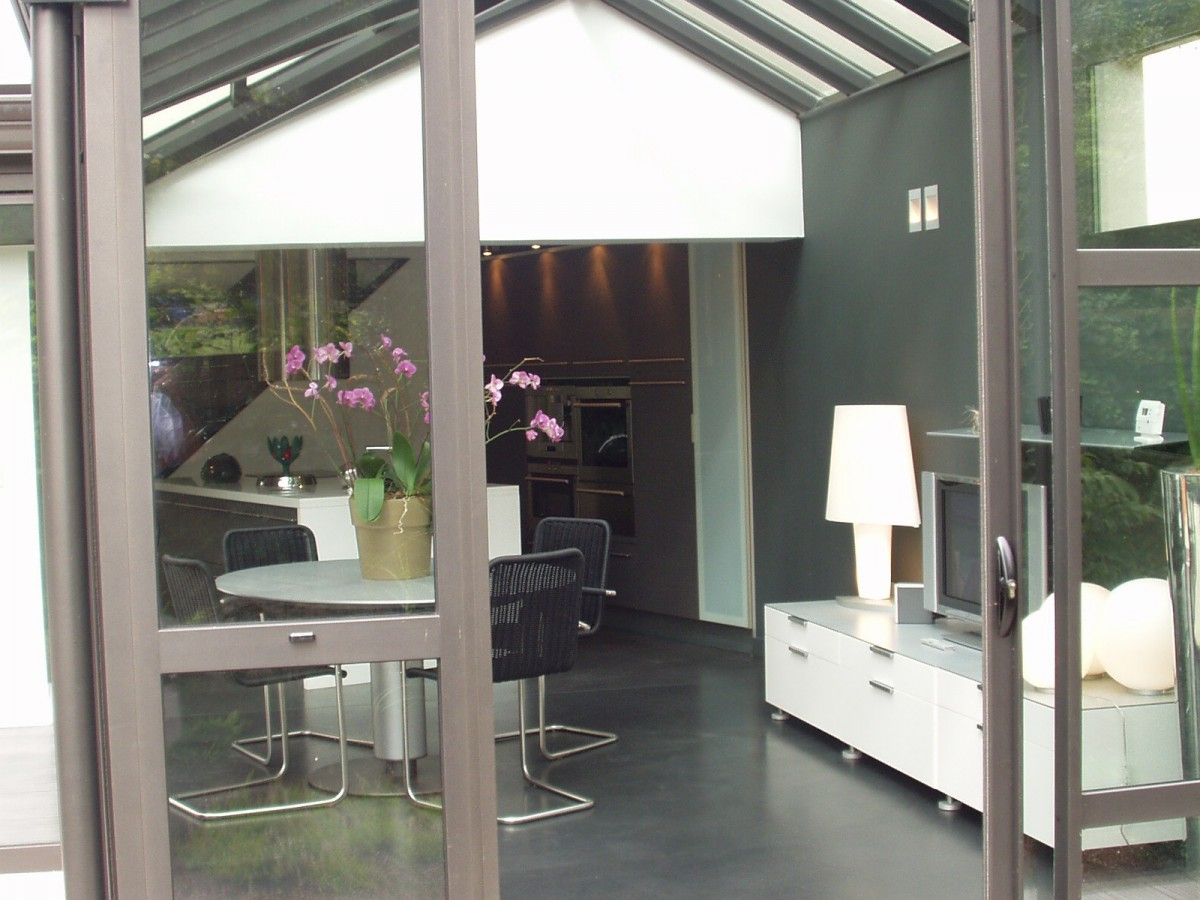 extension-vitree-sur-salon